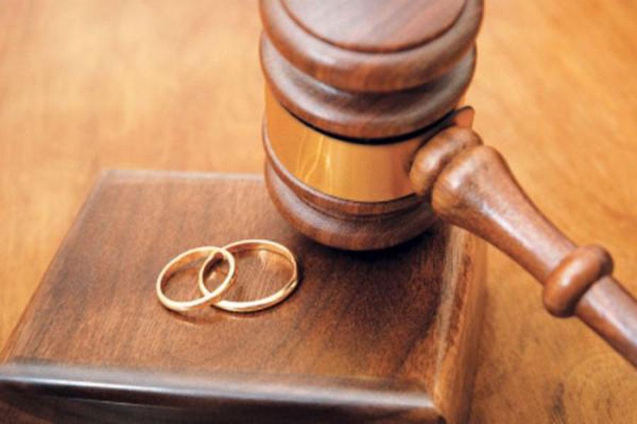 طلاق در روز 12 مرداد ممنوع شد