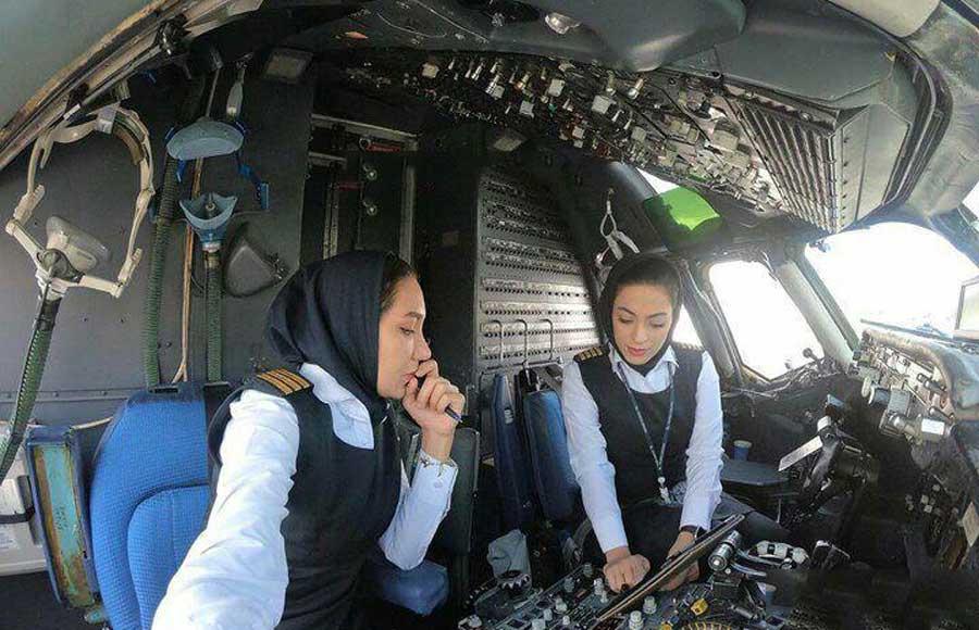 نخستین پرواز داخلی در ایران با دو خلبان زن + فیلم