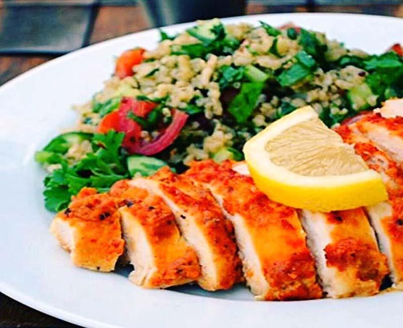 طرز تهیه سینه مرغ سیر دار پیش غذای رژیمی