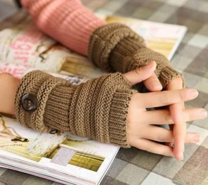 آموزش گام به گام تزیین یک دستکش بافتنی زیبا