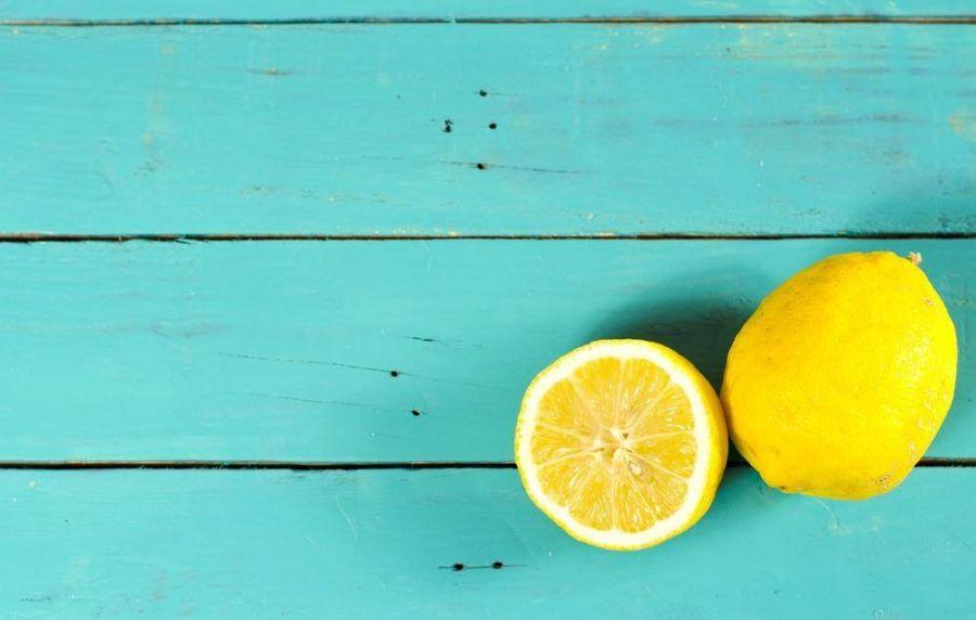 طرز گرفتن تلخی آب لیموی تازه