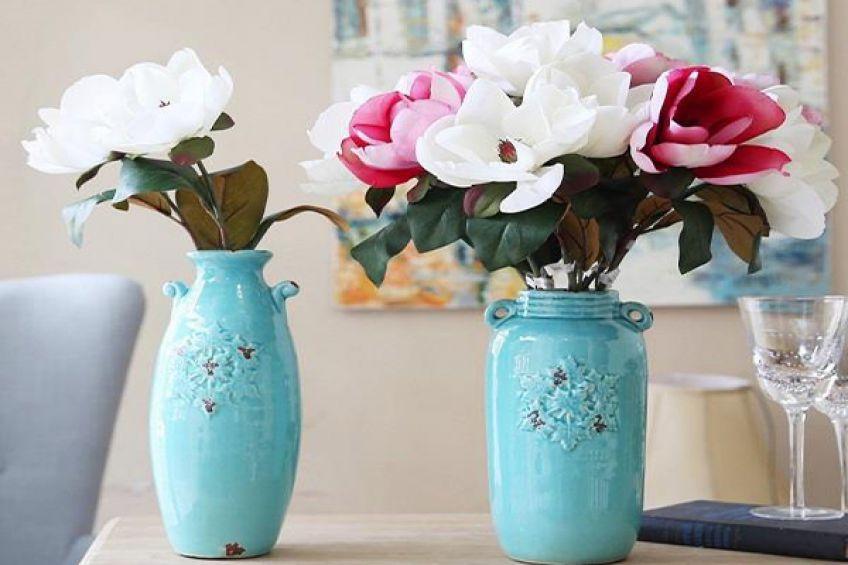 ۱۰ روش عالی برای شستشوی گل های مصنوعی در منزل