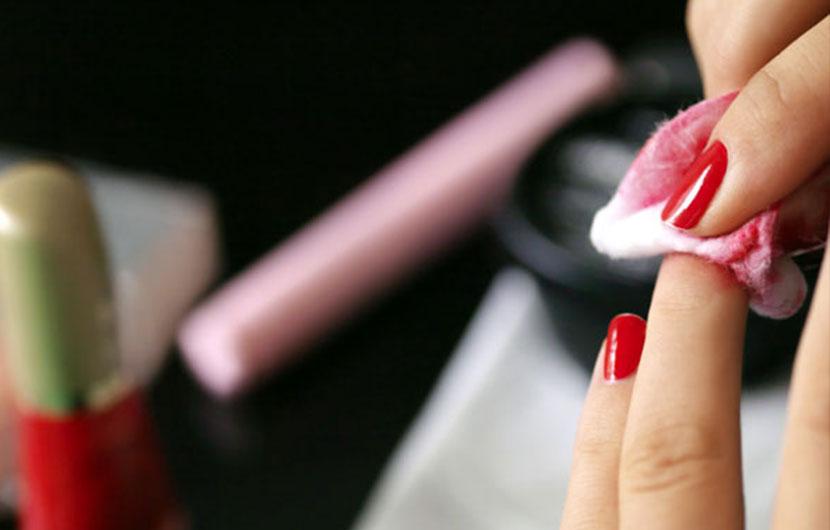 چند راه استفاده از لاک پاک کن