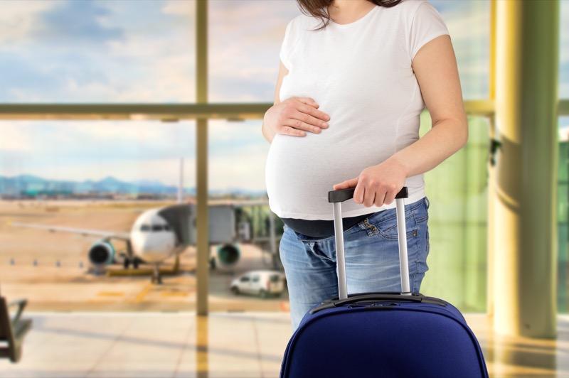 مسافرت با هواپیما در بارداری