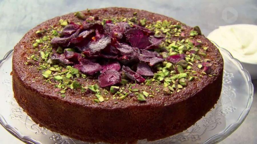 طرز تهیه کیک گلاب یک کیک خانگی خوشمزه