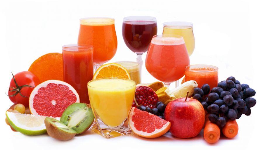 بررسی خواص آب میوه ها برای بدن