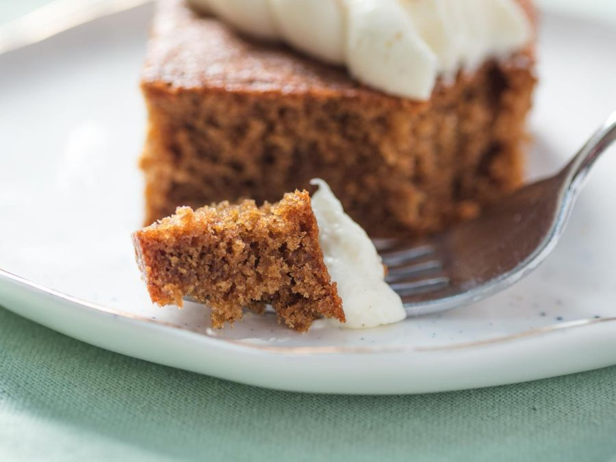کیک زنجبیلی | طرزتهیه کیک زنجبیلی با طعم خاص