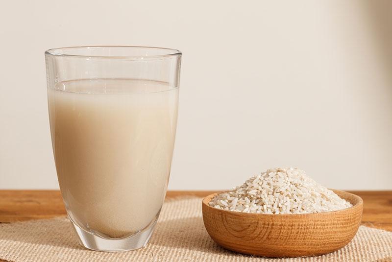 خواص شگفت انگیز آب برنج