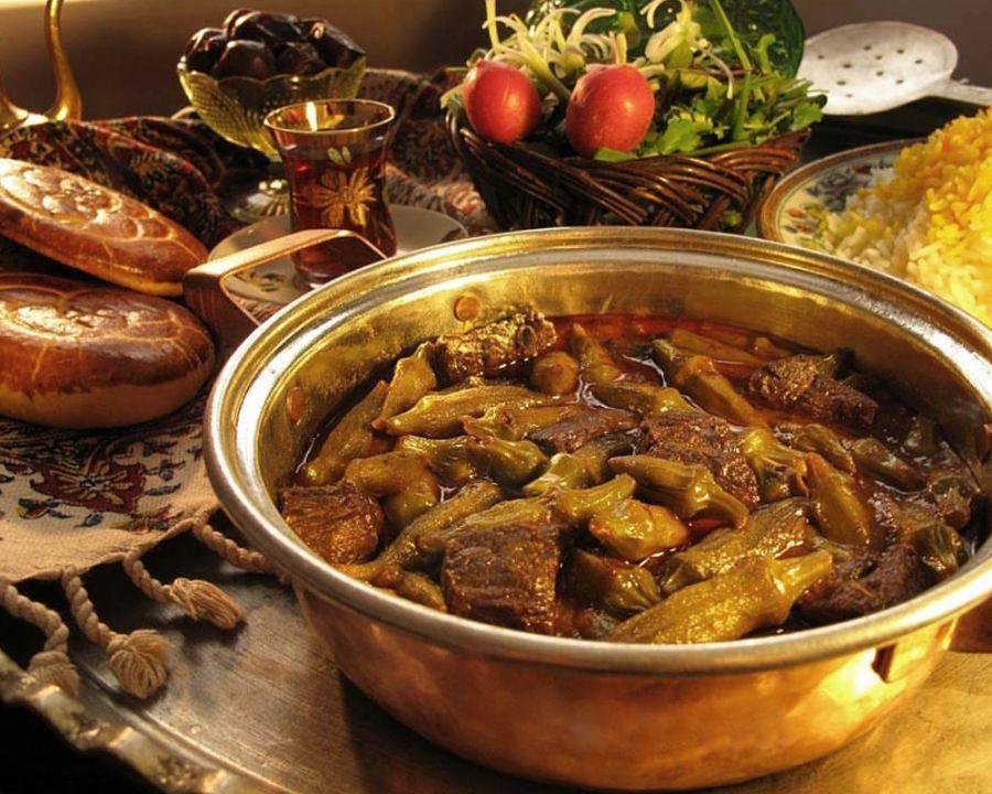 طرز تهیه خورش بامیه مجلسی با گوشت یا مرغ + طرز تهیه خورش بامیه جنوبی