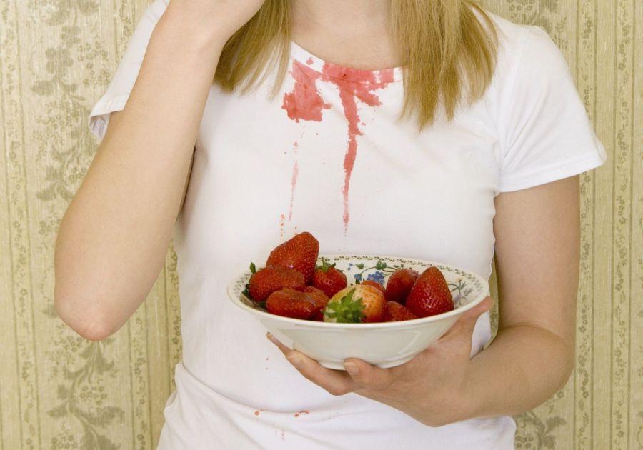 پاک کردن لکه میوه رنگی از انواع سطوح