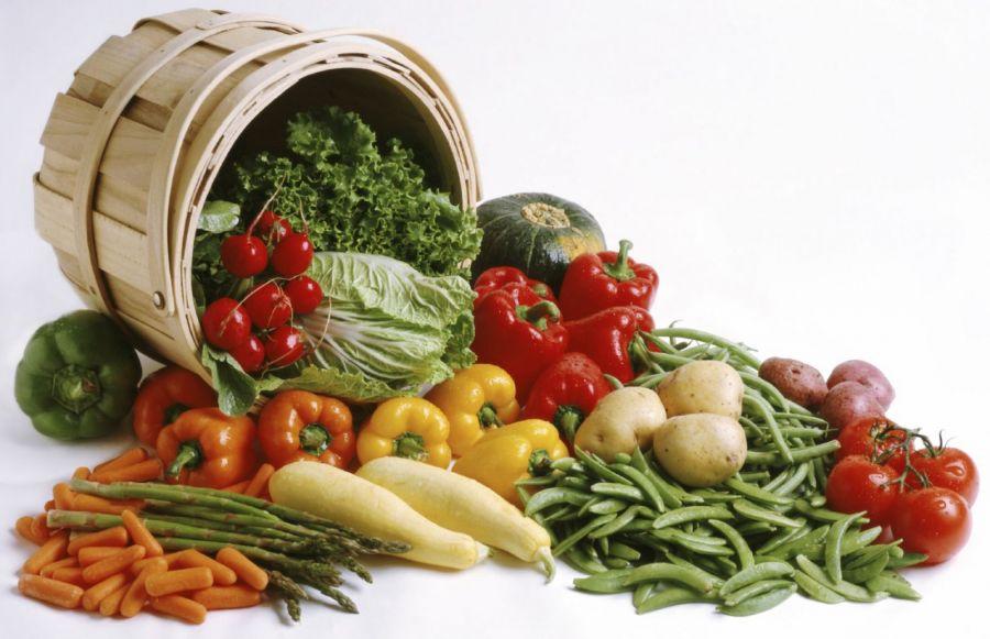 مواد غذایی که باعث نفخ شکم میشود