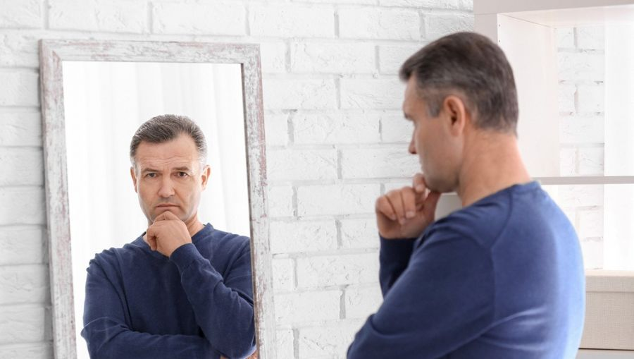 آیا گناهان فکری و ذهنی که ناخودآگاه به فکر خطور می کند مشکل دارد؟