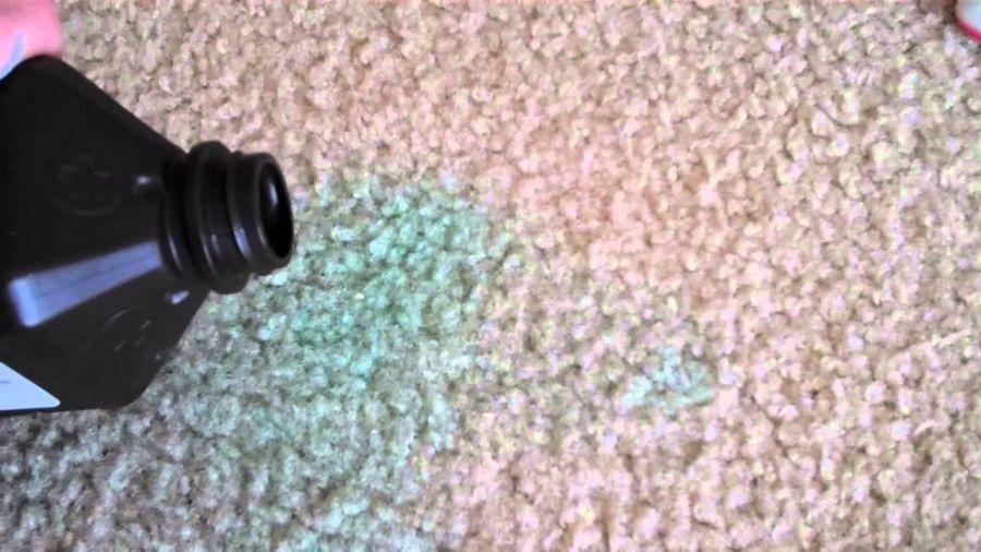 روش تمیز کردن شربت رنگی از روی فرش