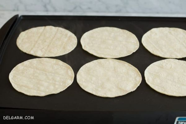آموزش تصویری طرز تهیه سس انچیلادا + روش تهیه انچیلادای مرغ