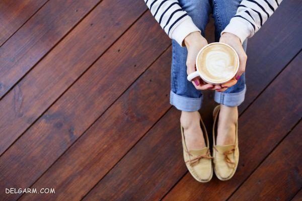 چند روش ساده جهت تمیزکردن لکه ی قهوه از روی کفش