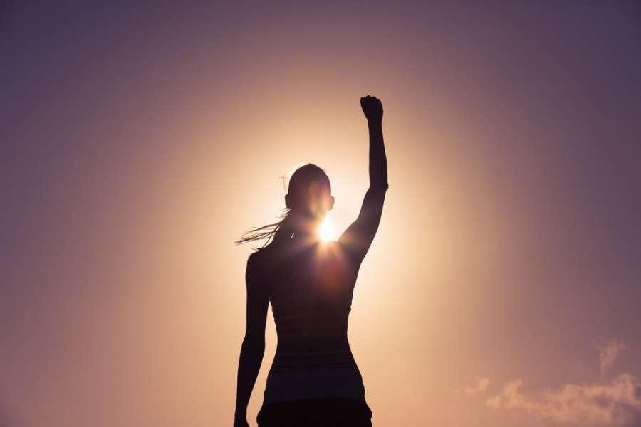 چگونه یک زن قوی باشیم ؟