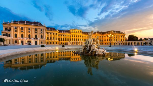 کاخ شونبرون  (Schönbrunn Palace)