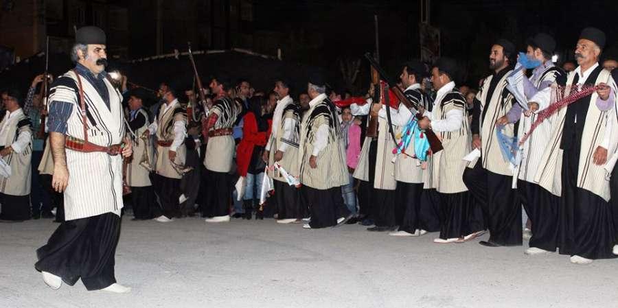 تاریخچه رقص محلی لری و ویژگی های آن