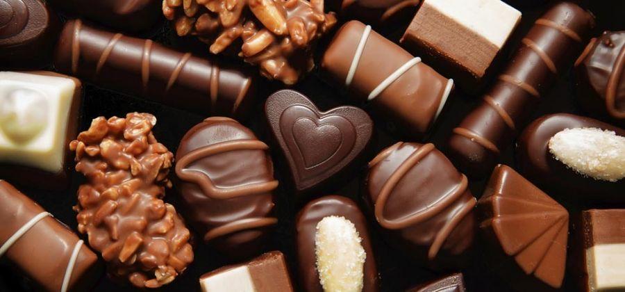 ۱۰ دسر راحت و خوشمزه شکلاتی