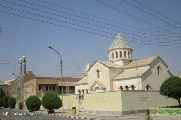 همنشینی مسجد و کلیسا