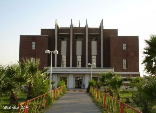 سینما نفت(سینما تاج)، شیر نگهبان آبادان