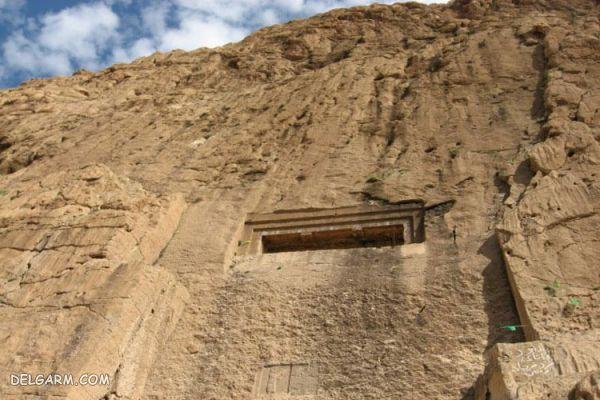 گور دخمه دکان داوود در کرمانشاه