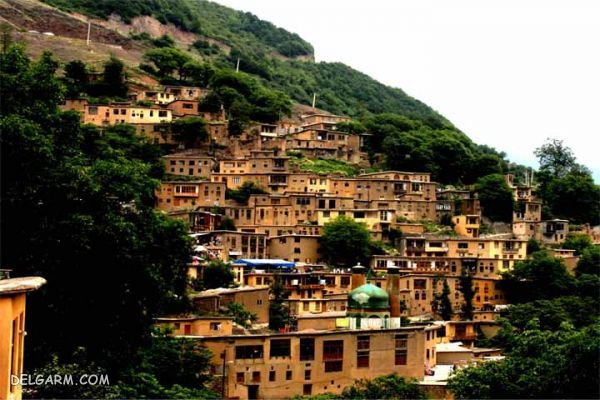 روستای ماسوله ، پلههای سبز رویا