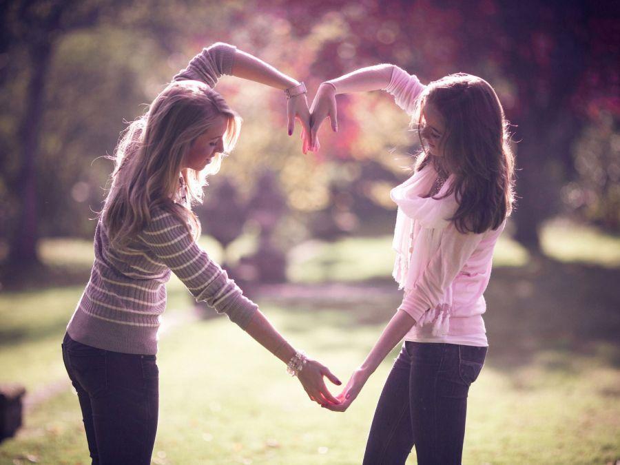 بین دوست و رفیق چه تفاوتی است ؟