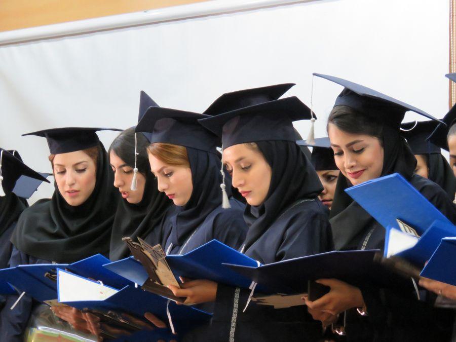 کالج بهتر است یا دانشگاه | تفاوت کالج و دانشگاه چیست ؟