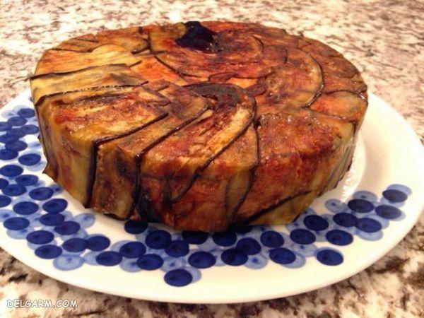 غذای خوشمزه کیک بادمجان و سیب زمینی