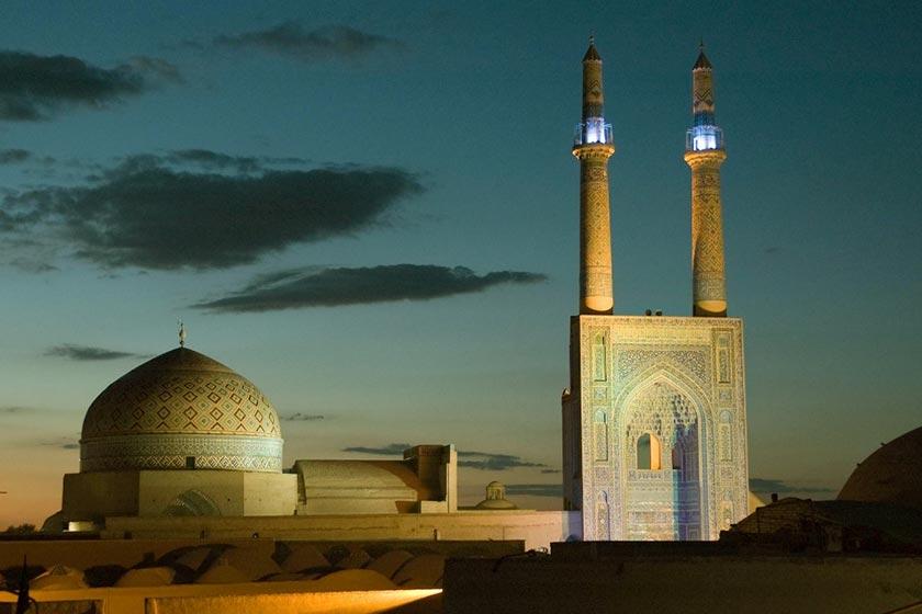 لیست نام و آدرس مساجد خیابان حافظ و بازار بزرگ  اصفهان