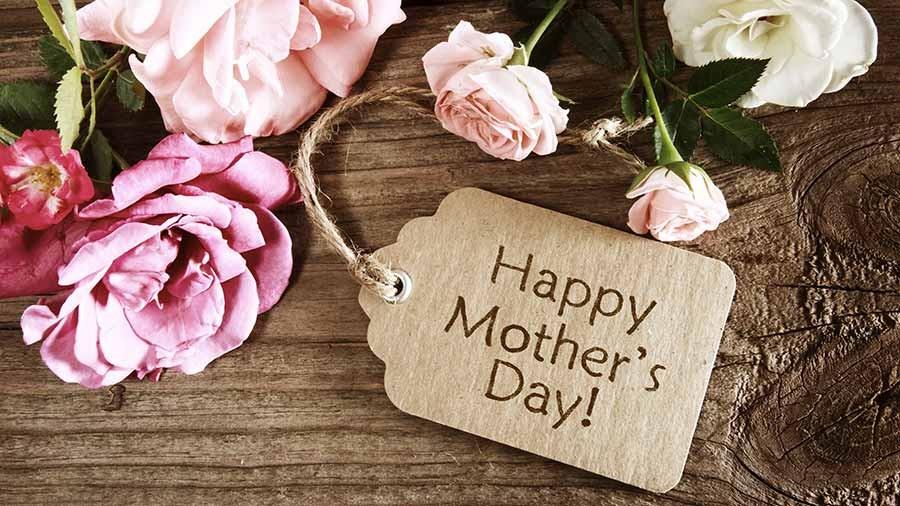 برای روز مادر کادو چی بخریم ؟ ۳۲ ایده برای کادو روز مادر ۹۷
