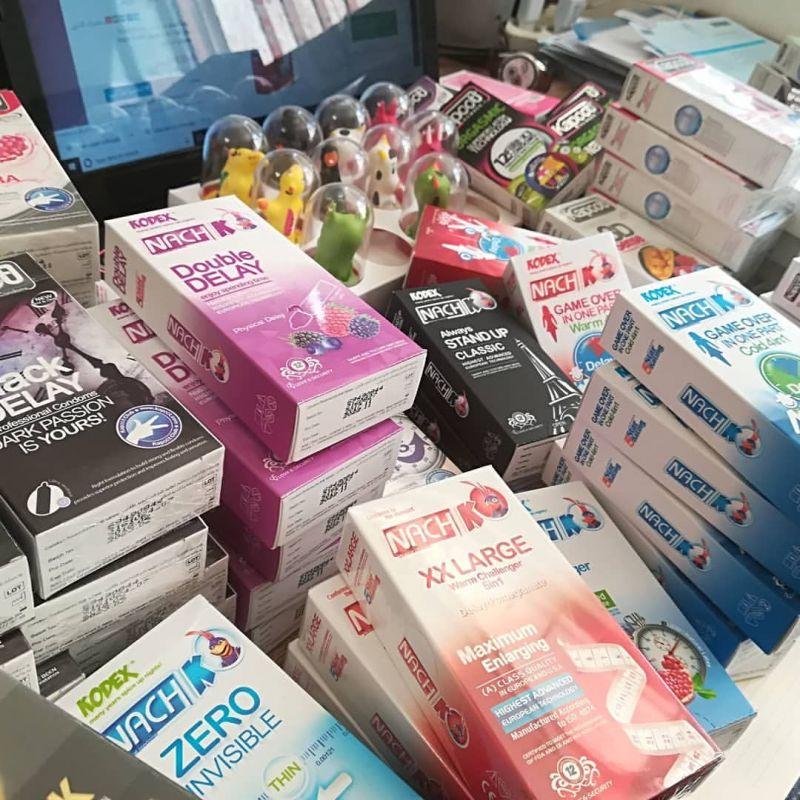 معرفی انواع و مدلهای مختلف کاندوم همراه با عکس