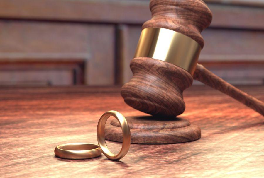 حرام شدن ابدی زن به همسر خود پس از نٌه (۹) طلاق