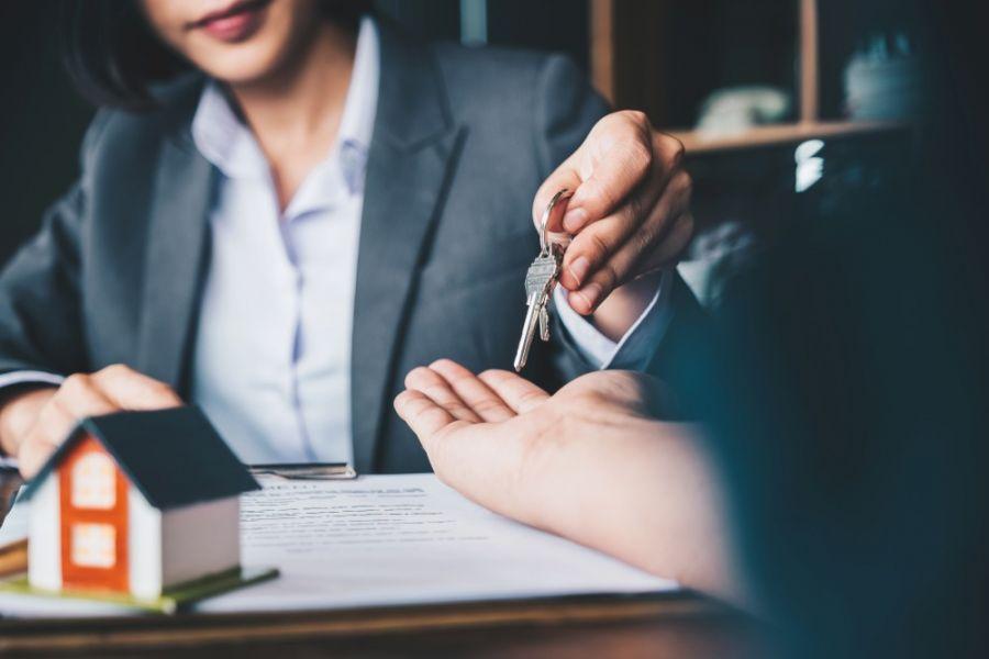 فروش مال غیر ( اموال دیگران) چه مجازاتی در قانون دارد ؟