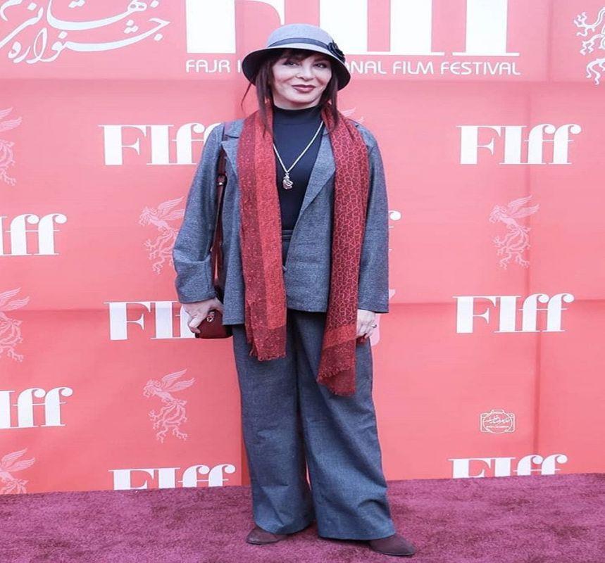 تیپ اروپایی افسانه بایگان در اختتامیه جشنواره فجر 37