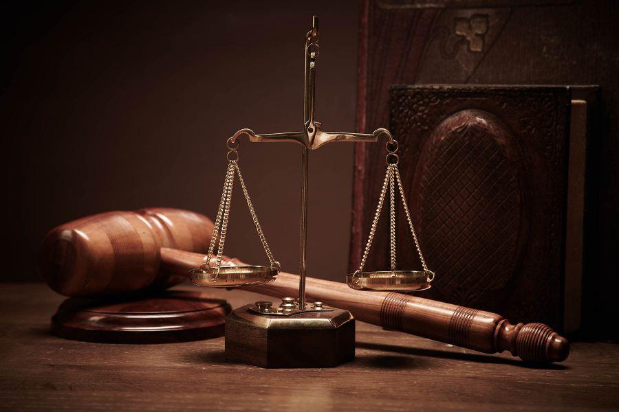 تعیین صلاحیت دادگاه بر اساس اقامتگاه چگونه است ؟