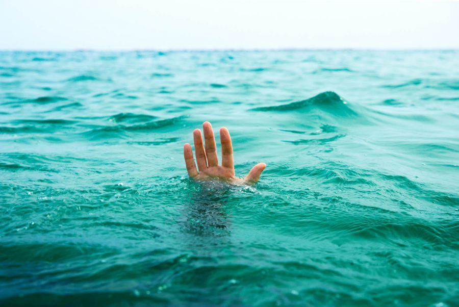 غرق شدن 2 دختر جوان در کانال آب  اشترجان