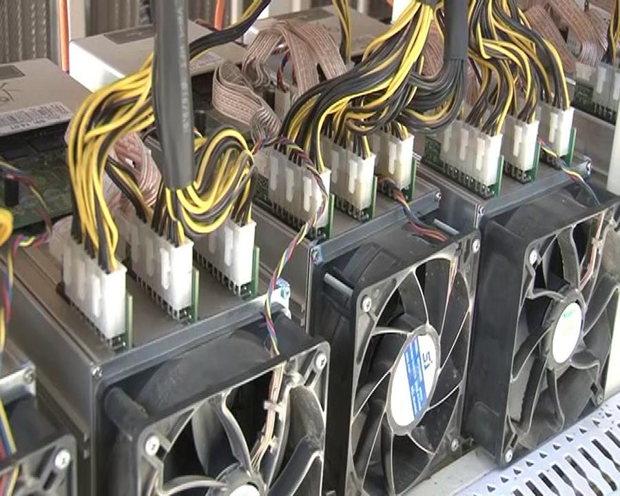 در نجف آباد 420 دستگاه استخراج ارز دیجیتال کشف شد