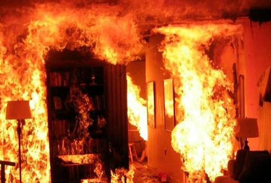 آتش سوزی وحشتناک در مجتمع طوبی غرب تهران + عکس و فیلم