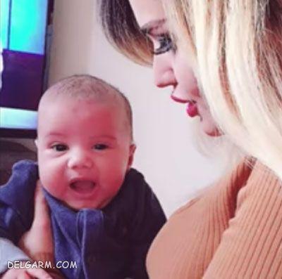 عکس سایه همسر ساسی مانکن و فرزندش برسام