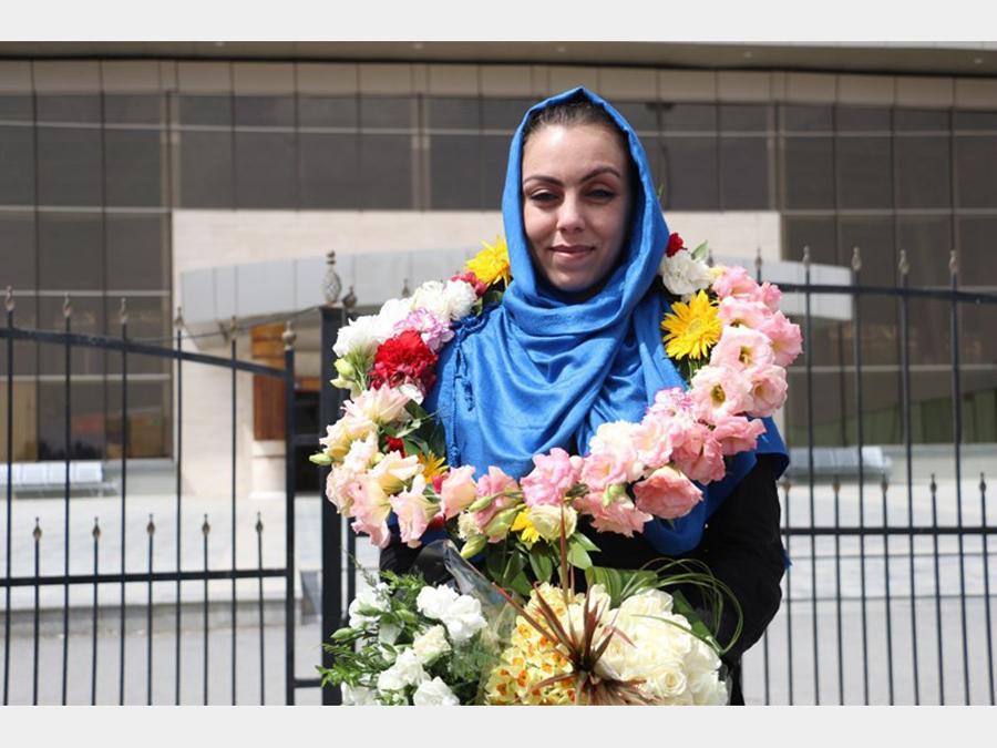 نرگس کلباسی نیکوکار و فعال اجتماعی ایرانی کیست ؟