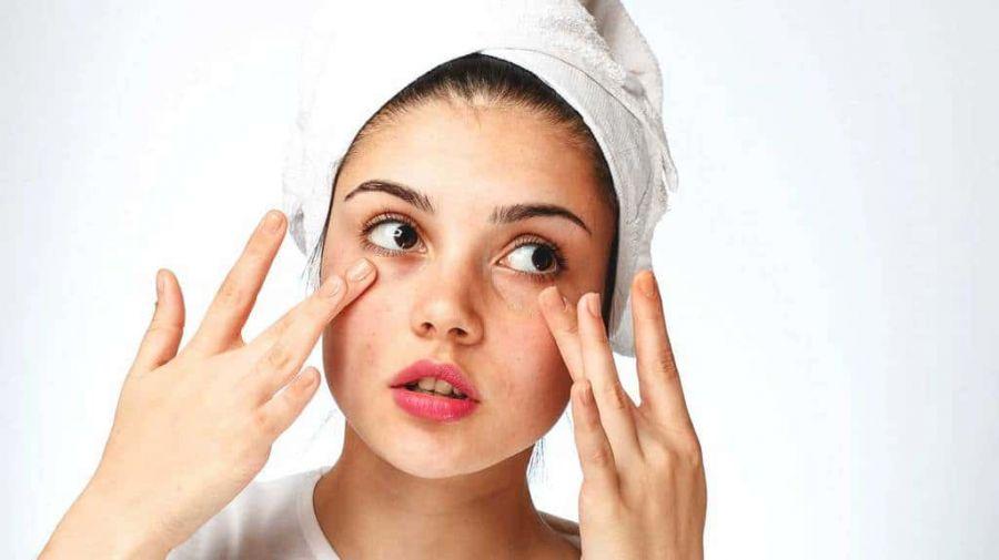 آرایش صحیح و حرفه ای پوست خشک