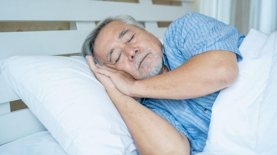 ۱۱ نکته برای بهبود خواب سالمندان با کاهش درد اعضای بدن آنها