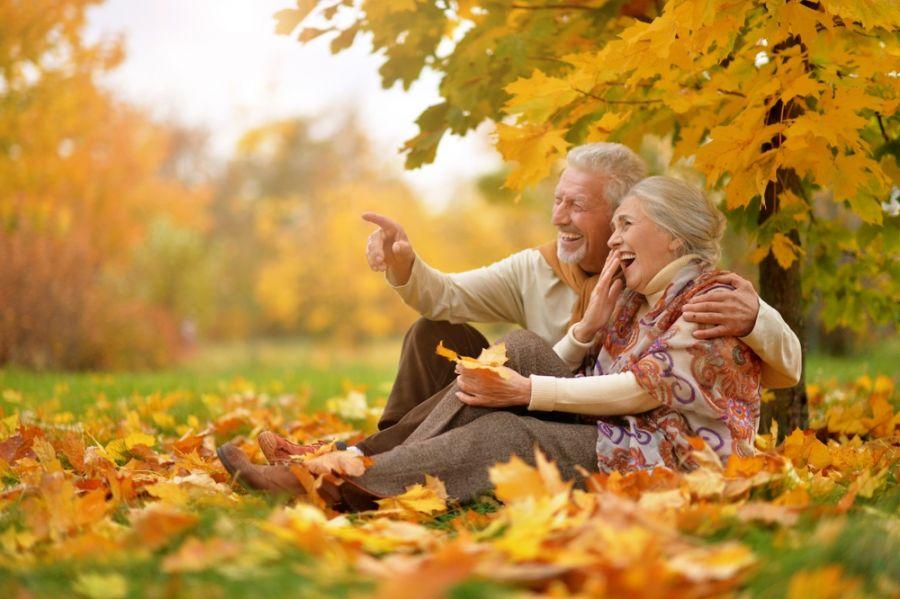 چطور دوران سالمندی شادی داشته باشیم؟