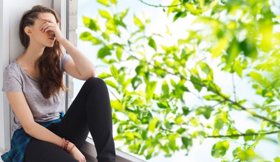 افسردگی در تابستان : نشانه ها، دلایل و درمان افسردگی تابستانه