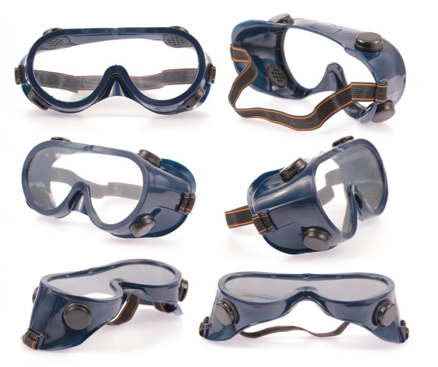 کاربرد عینک ایمنی چیست ؟