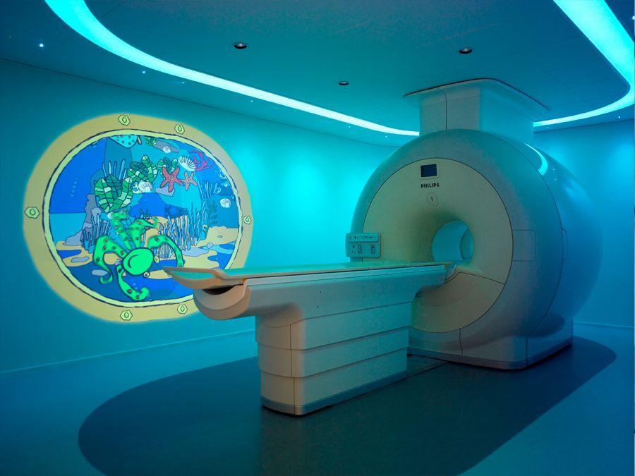 آشنایی با ام آر آی (MRI) و کاربردهای شگفت انگیز آن