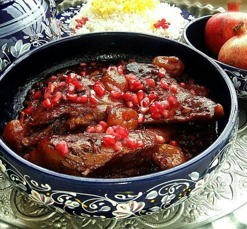 طرز تهیه غذای لذیذ و خوشمزه چلو مرغ اناری