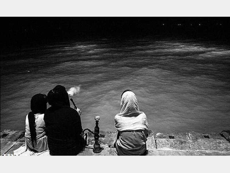 گرایش زنان ایرانی به قلیان